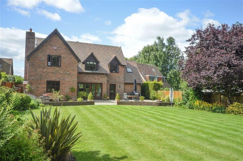 4 Bedrooms Detached House for sale in Cottered, Nr Buntingford
