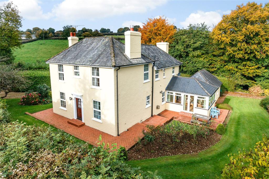 4 Bedrooms Detached House for sale in Calverleigh, Tiverton, Devon, EX16