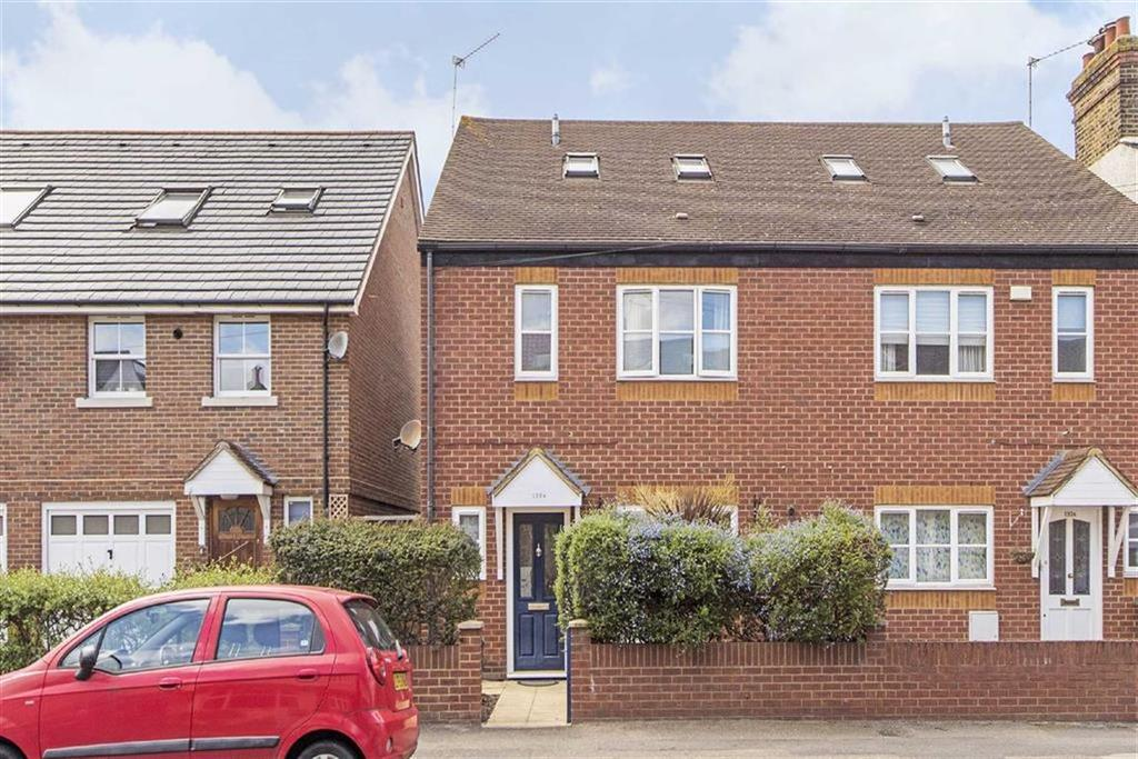4 Bedrooms Semi Detached House for sale in Seaforth Avenue, New Malden, Surrey