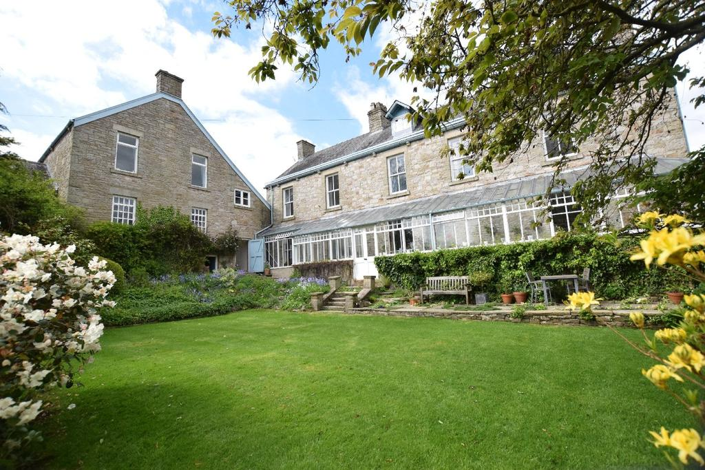 6 Bedrooms Detached House for sale in Hockerley Lane, Whaley Bridge