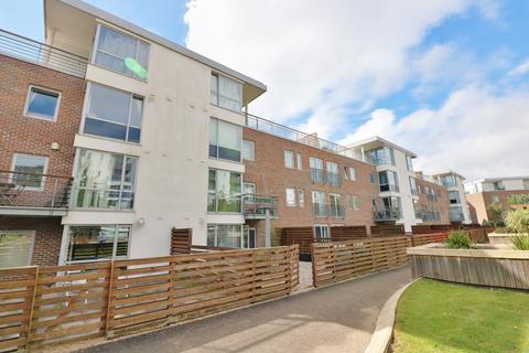 1 bedroom flat for sale - Queen Anne House, Admiralty Road, Portsmouth