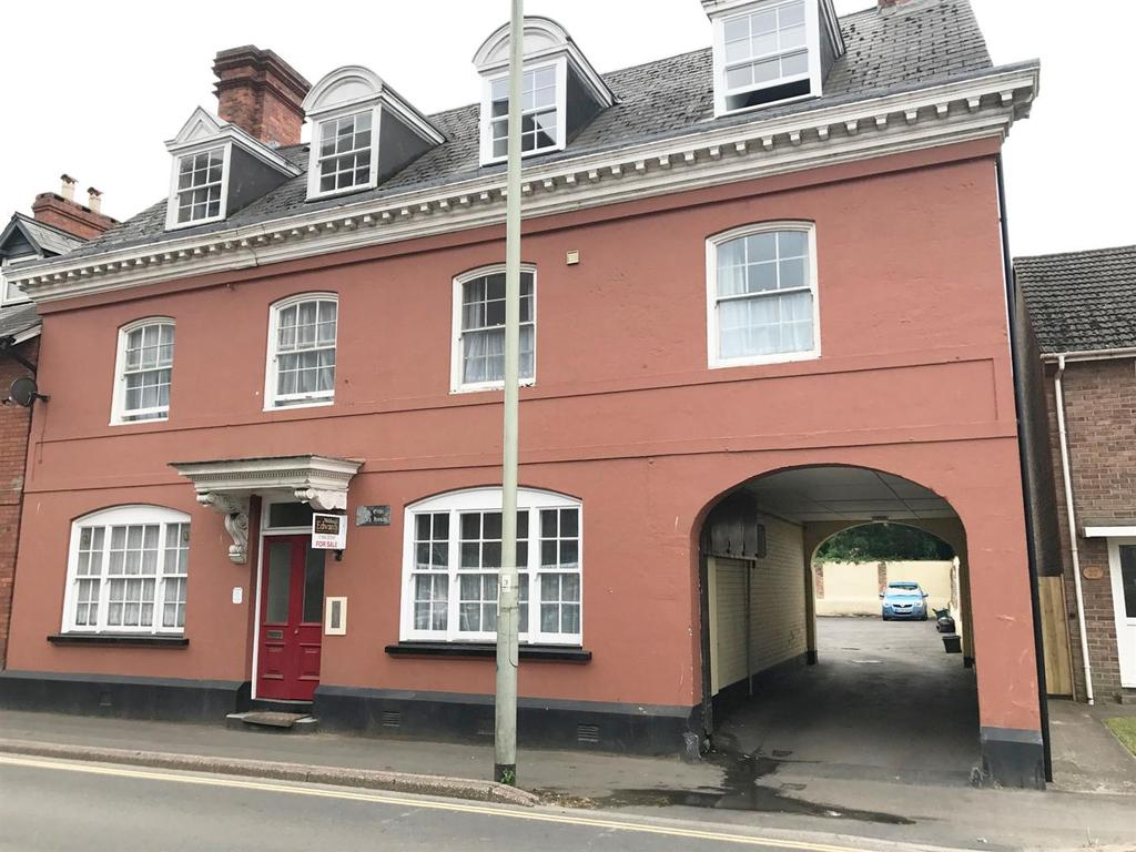 1 Bedroom Flat for sale in Leat Street, Tiverton