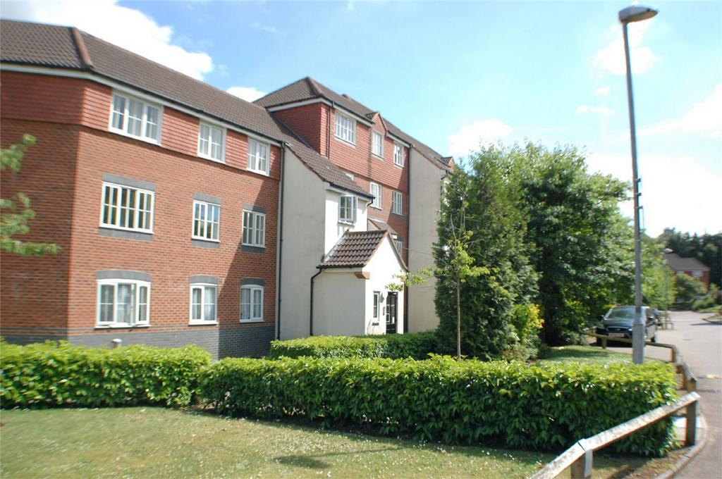 2 Bedrooms Flat for sale in Node Way Gardens, Welwyn, Hertfordshire