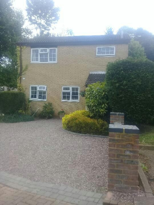 3 Bedrooms House for sale in Blenheim Way, Stevenage, SG2