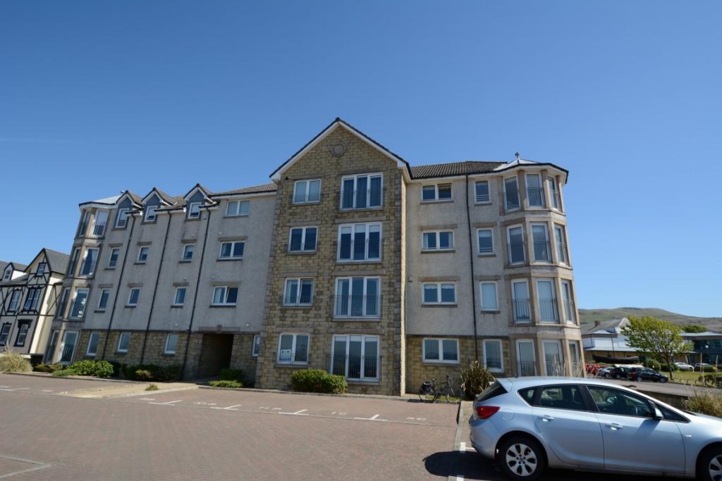 2 Bedrooms Apartment Flat for sale in 6D Millennium Court, Largs, KA30 8SZ