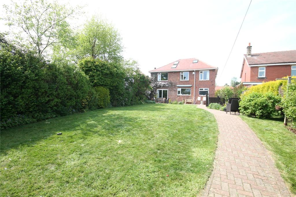 5 Bedrooms Detached House for sale in Mount Vernon Road, Barnsley, South Yorkshire, S70
