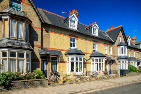 5 bedroom terraced house to rent - Guest Road, Cambridge