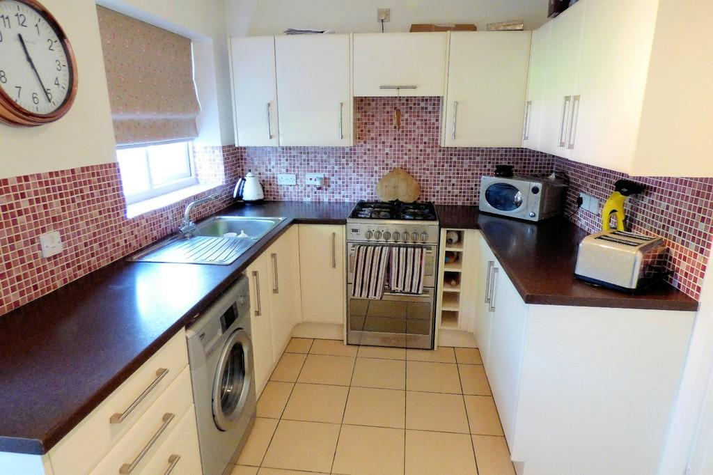 2 Bedrooms Semi Detached House for sale in Sedgefield Road, Branston