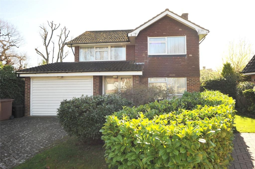 4 Bedrooms Detached House for sale in Janmead, Hutton, Brentwood, Essex, CM13