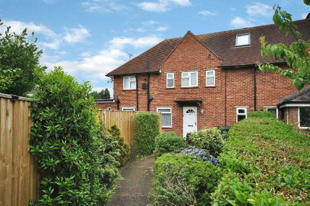 1 Bedroom Maisonette Flat for sale in South Lake Crescent, Woodley, Reading,