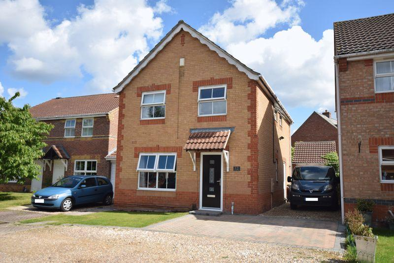 4 Bedrooms Detached House for sale in Primrose Close, North Hykeham, Lincoln