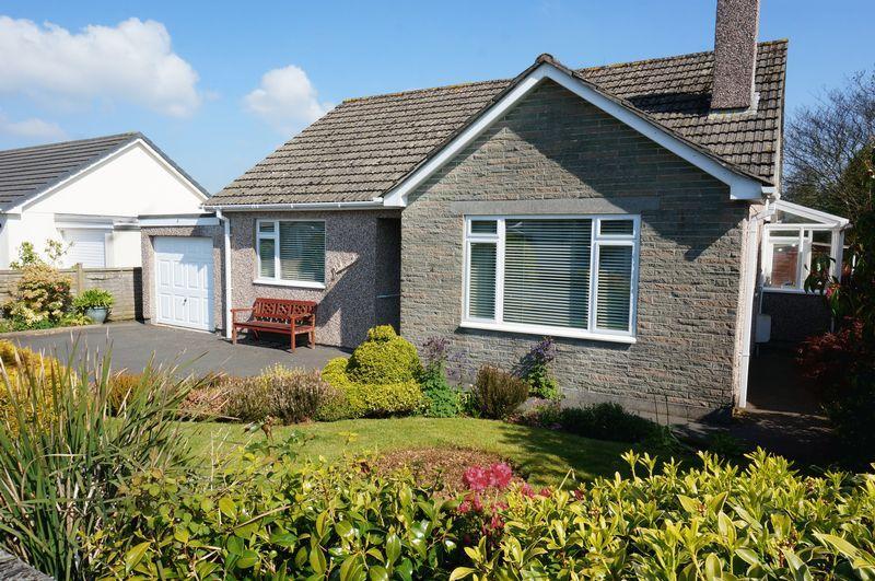 2 Bedrooms Detached Bungalow for sale in Westover Road, Callington