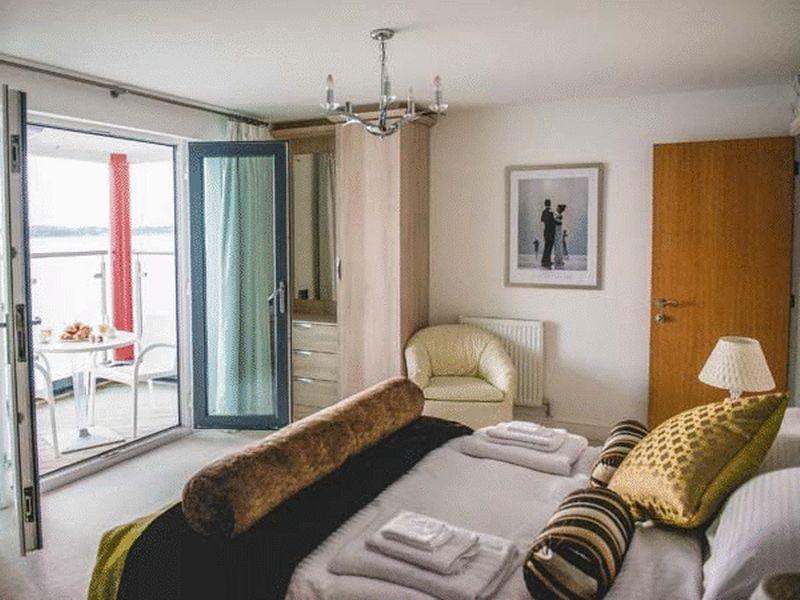 3 Bedrooms Town House for sale in Caernarfon, Gwynedd