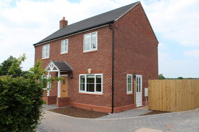 3 Bedrooms Cottage House for sale in Hedgerow Cottage, Shrewsbury Road, Edgmond, Newport, Shropshire, TF10 8HX