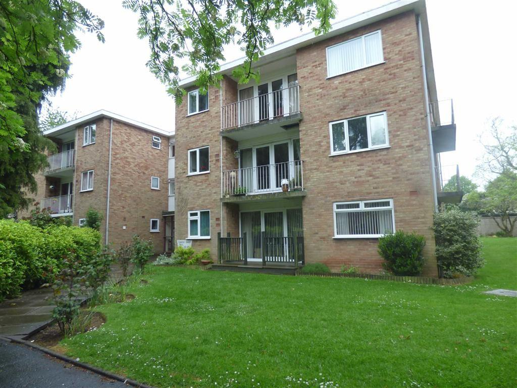 2 Bedrooms Flat for sale in Christie Court, Halifax Close, Coventry