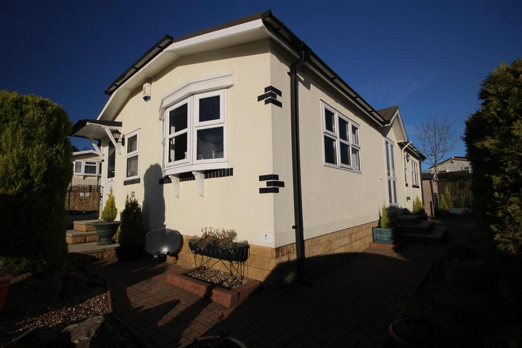 2 Bedrooms Park Home Mobile Home for sale in 86 The Green, Dales View Park, Salterforth, Barnoldswick