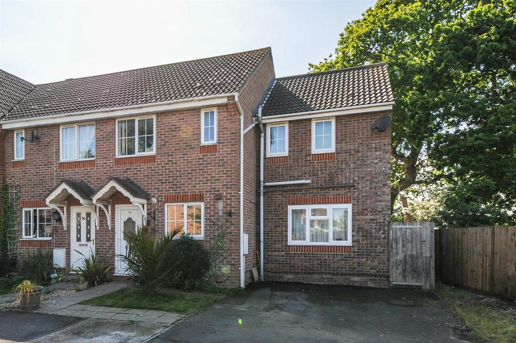 3 Bedrooms Semi Detached House for sale in Silver Birch Drive, Middleton on Sea