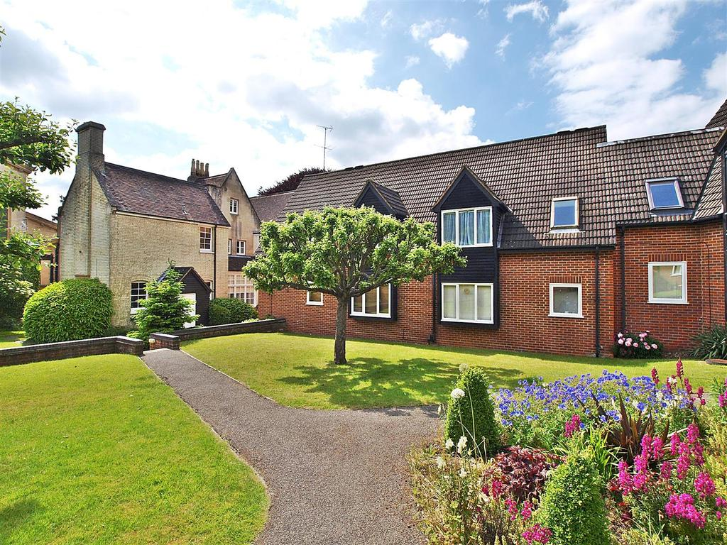 1 Bedroom Flat for sale in Christchurch Close, St. Albans