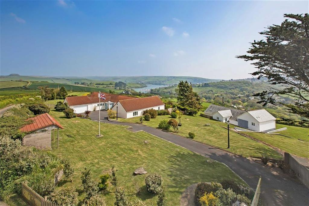 6 Bedrooms Bungalow for sale in Higher Batson, Salcombe, Devon, TQ8