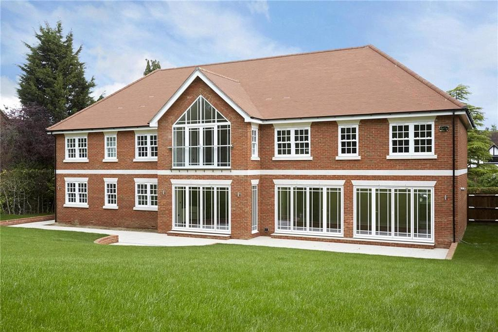 5 Bedrooms Detached House for sale in Grays Lane, Ashtead, Surrey, KT21