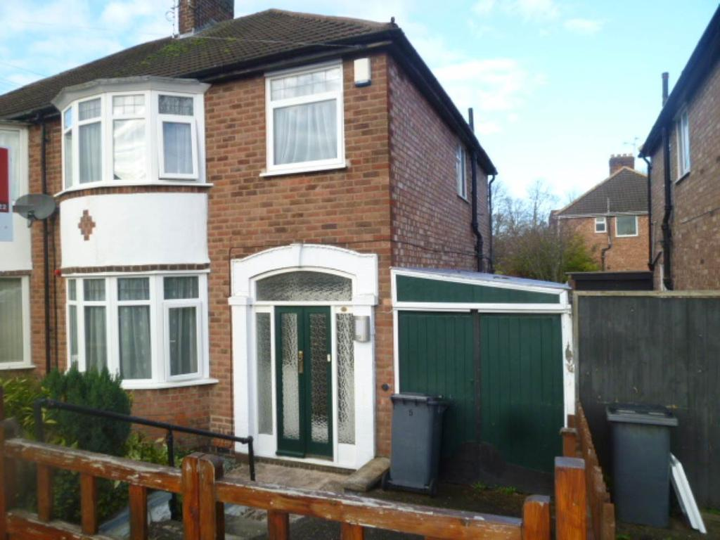 nevanthon road leicester 3 bed semi detached house 700 pcm image 1 of 13 p1350017