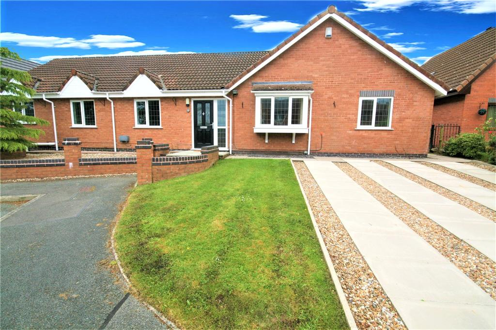 5 Bedrooms Detached Bungalow for sale in The Poplars, Hawarden, Flintshire, CH5