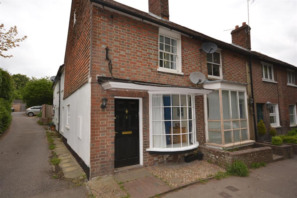 3 Bedrooms Semi Detached House for sale in High Street, Burwash
