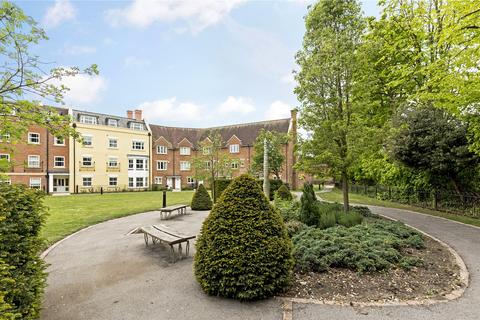 St Agnes Place Chichester West Sussex 2 Bed Flat 163 340 000