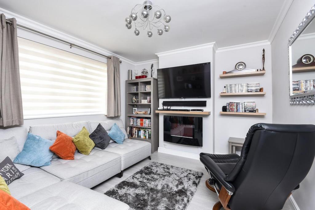 4 Bedrooms Terraced House for sale in Besley Street, Furzedown, SW16