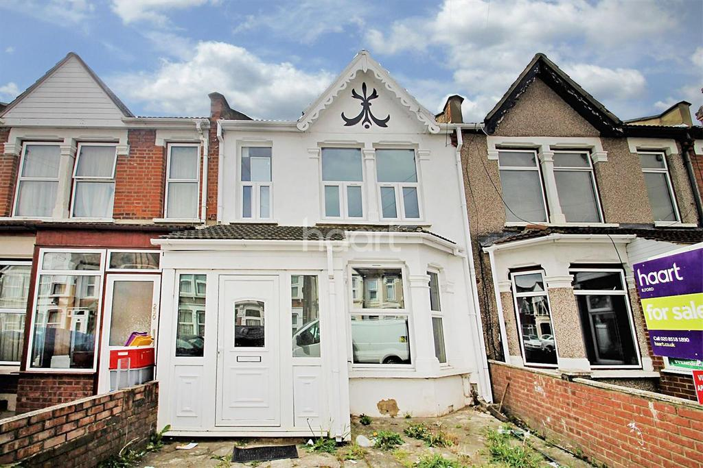 4 Bedrooms Terraced House for sale in Kingston Road, Ilford, Essex