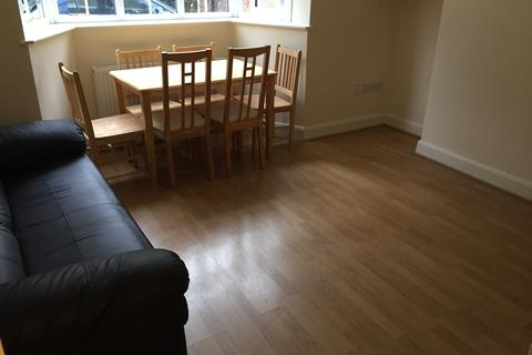 2 bedroom block of apartments to rent - East End Road, Finchley N3