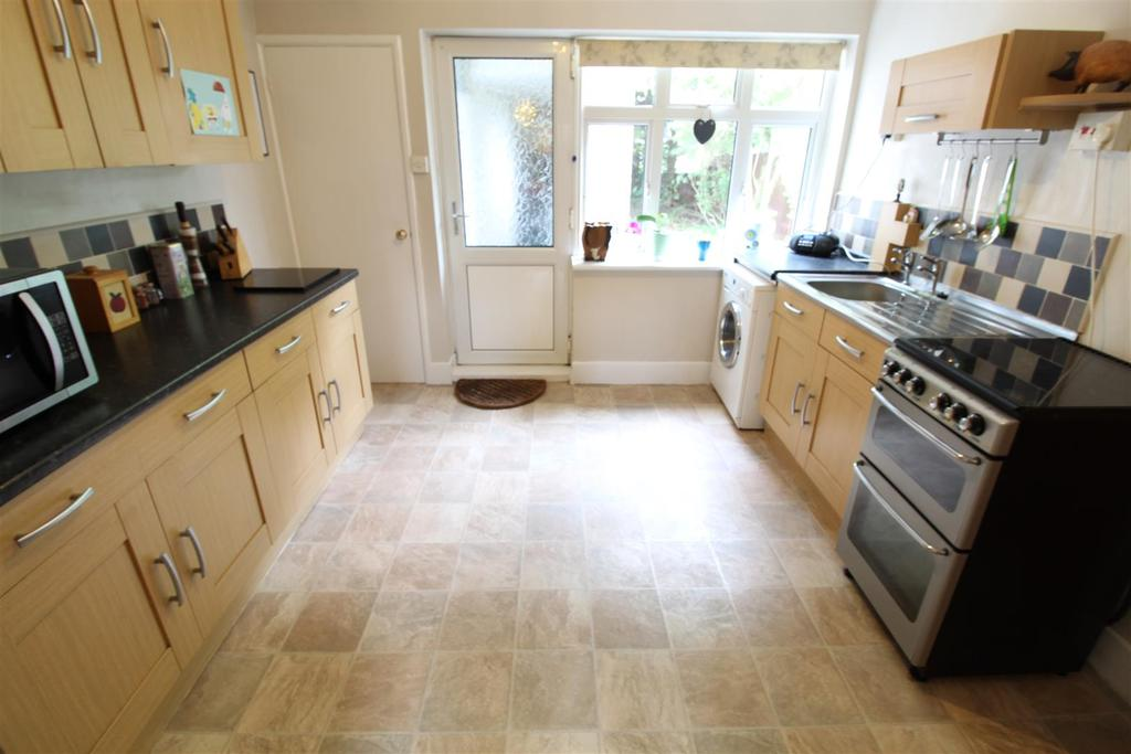 3 Bedrooms Terraced House for sale in Richmond Road, Cleethorpes