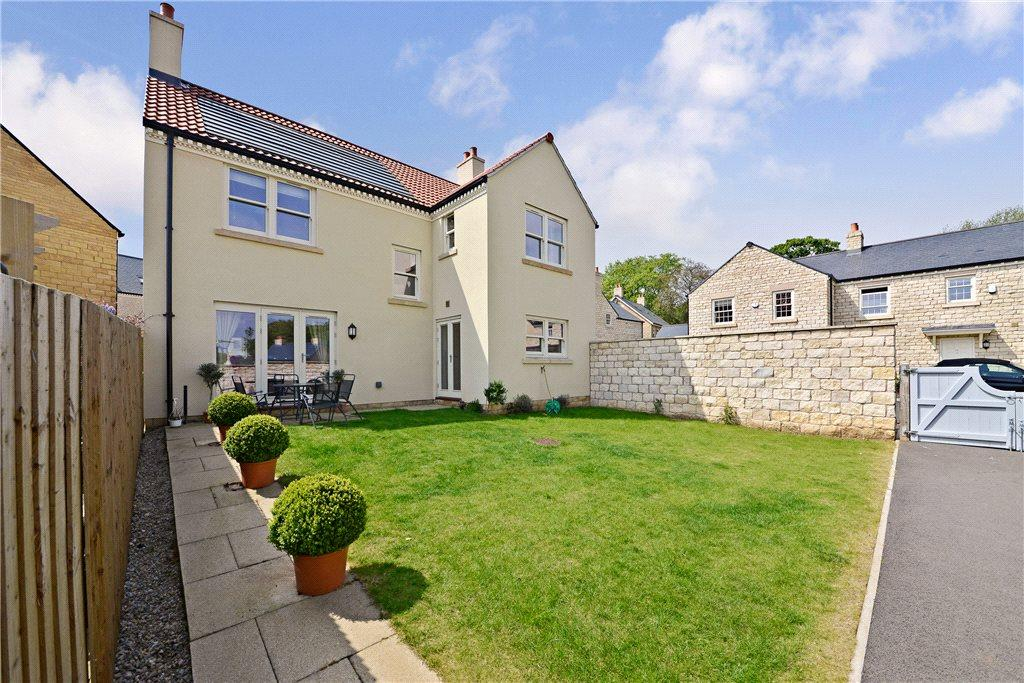 4 Bedrooms Detached House for sale in Oxclose Road, Boston Spa, Wetherby, West Yorkshire