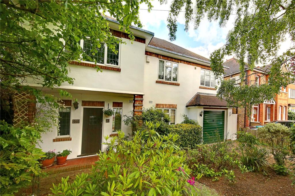 4 Bedrooms Detached House for sale in Cranmer Road, Hampton Hill, TW12