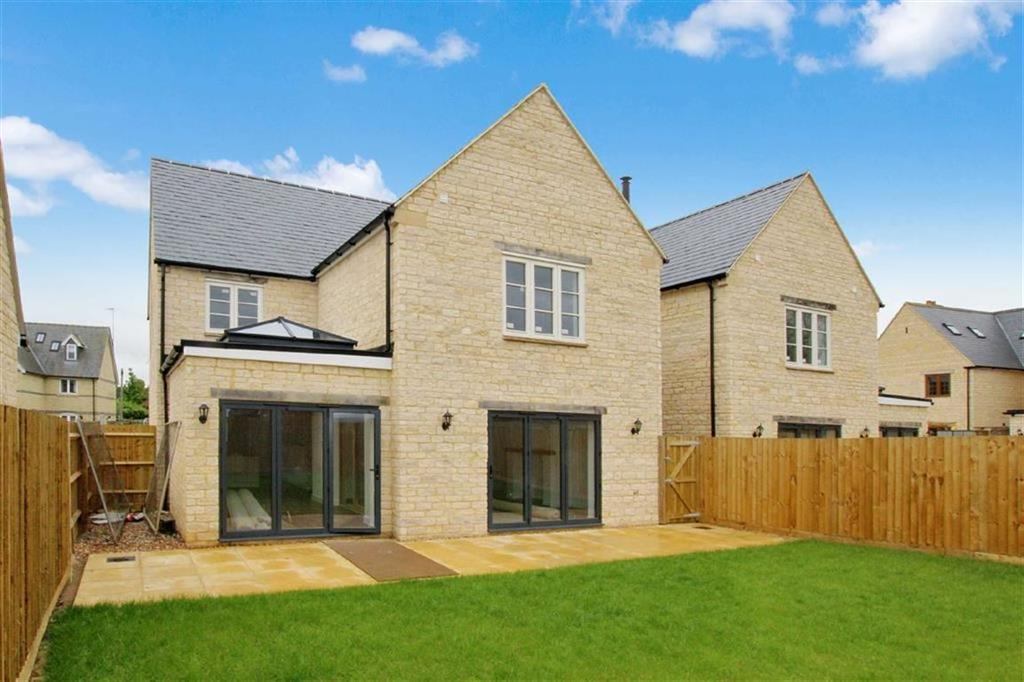 4 Bedrooms Detached House for sale in 3, Victory Close, Brackley
