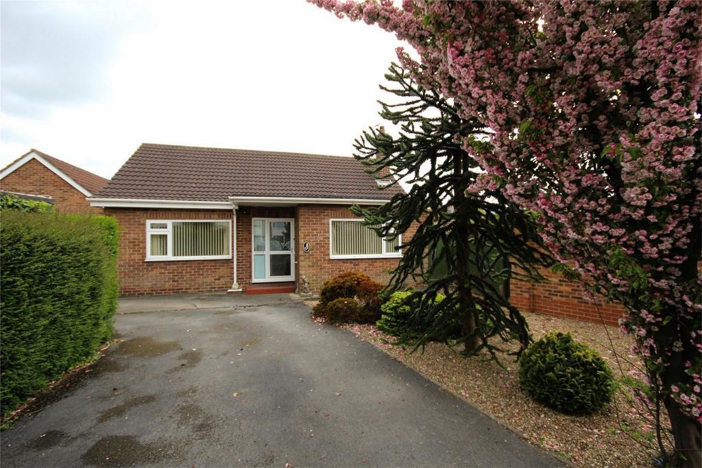 2 Bedrooms Detached Bungalow for sale in Keldgate, Beverley, East Riding of Yorkshire