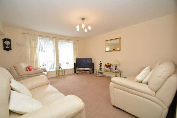 2 Bedrooms Flat for sale in 24C Nelson Street, Largs, KA30 8LW
