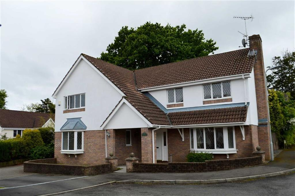 4 Bedrooms Detached House for sale in Roger Beck Way, Swansea, SA2