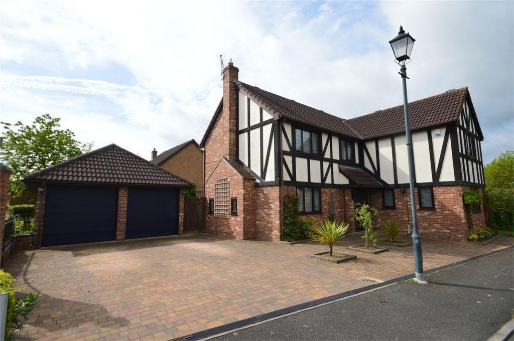 4 Bedrooms Detached House for sale in 1 Lords Avenue, Bishop's Stortford