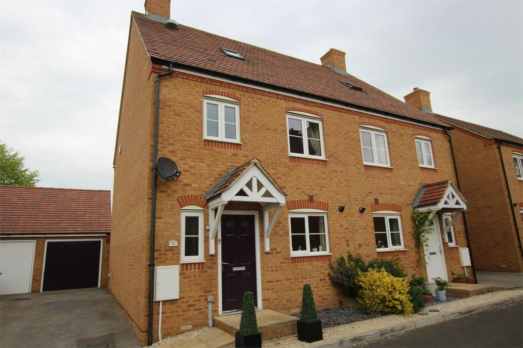 4 Bedrooms Semi Detached House for sale in Garfield, Langford, Bedfordshire
