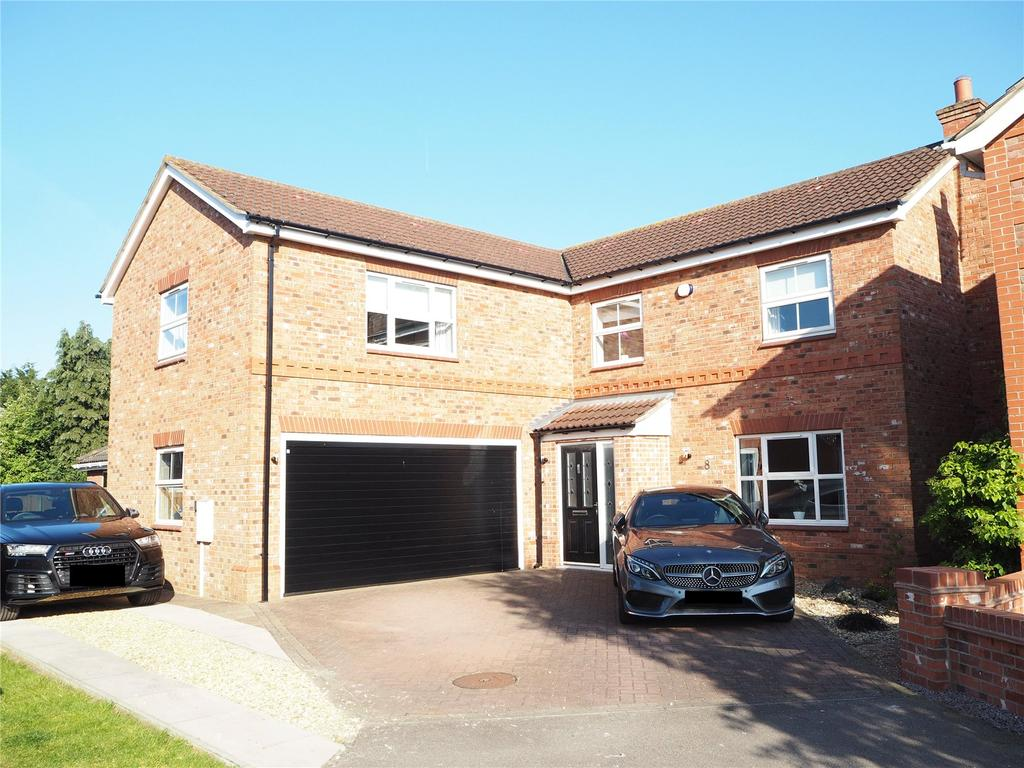 5 Bedrooms Detached House for sale in Oak Farm Paddock, North Hykeham, LN6