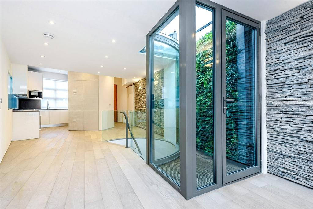 2 Bedrooms Terraced House for sale in St. Paul Street, Islington, London, N1
