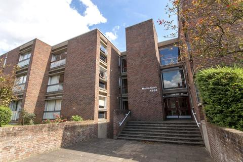 1 bedroom flat to rent - Martin Court, Middle Way, Oxford, OX2