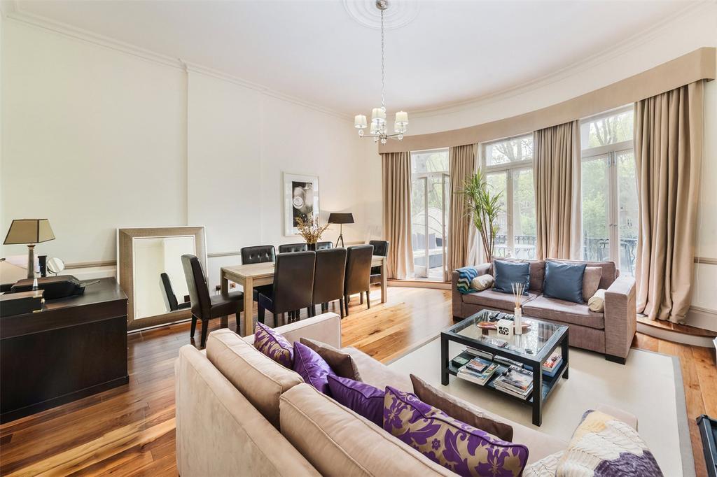 2 Bedrooms Flat for sale in Bramham Gardens, London, SW5