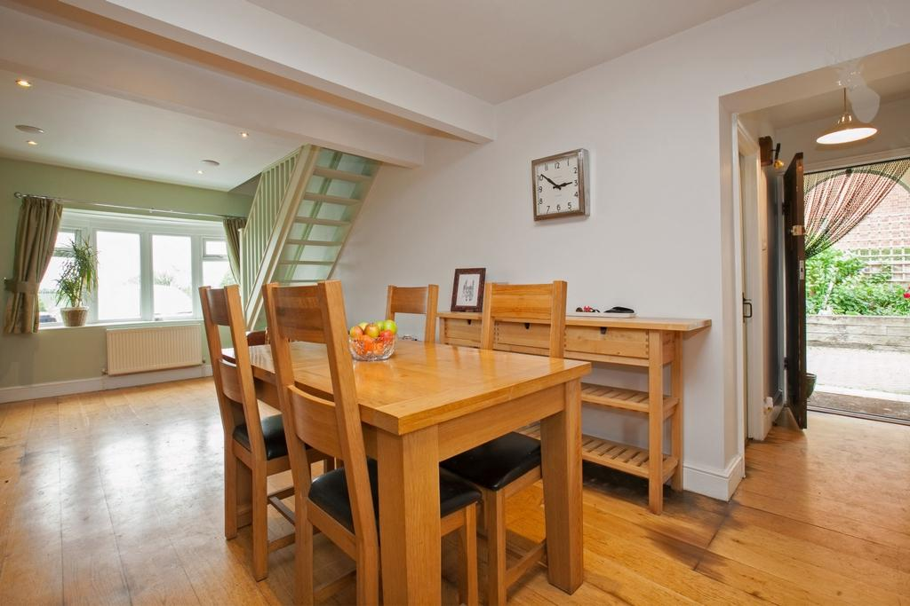 3 Bedrooms House for sale in Lindsey Street, Epping, CM16