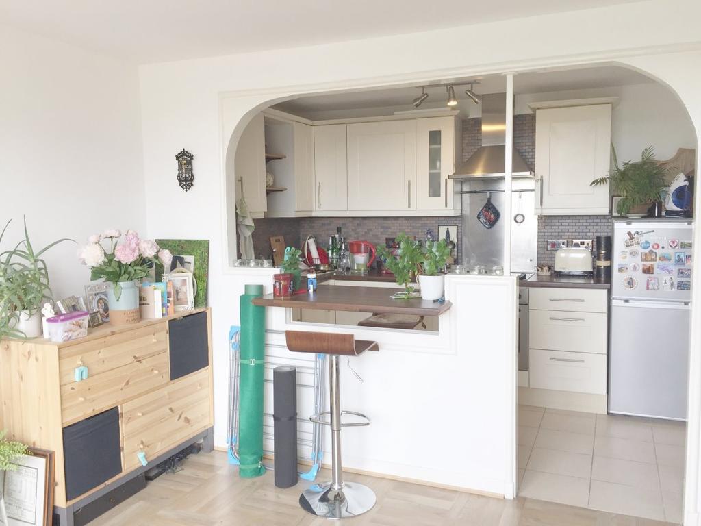 1 Bedroom Flat for sale in Sandalwood House, Lithos Road,