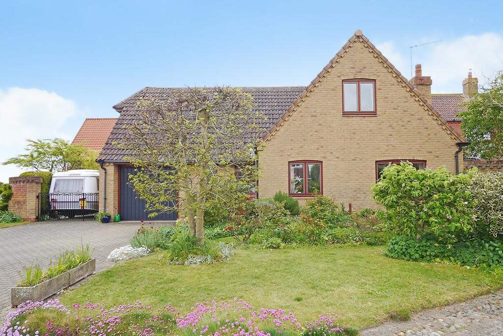 3 Bedrooms Detached House for sale in Wiggs Acre, Barnby, Beccles