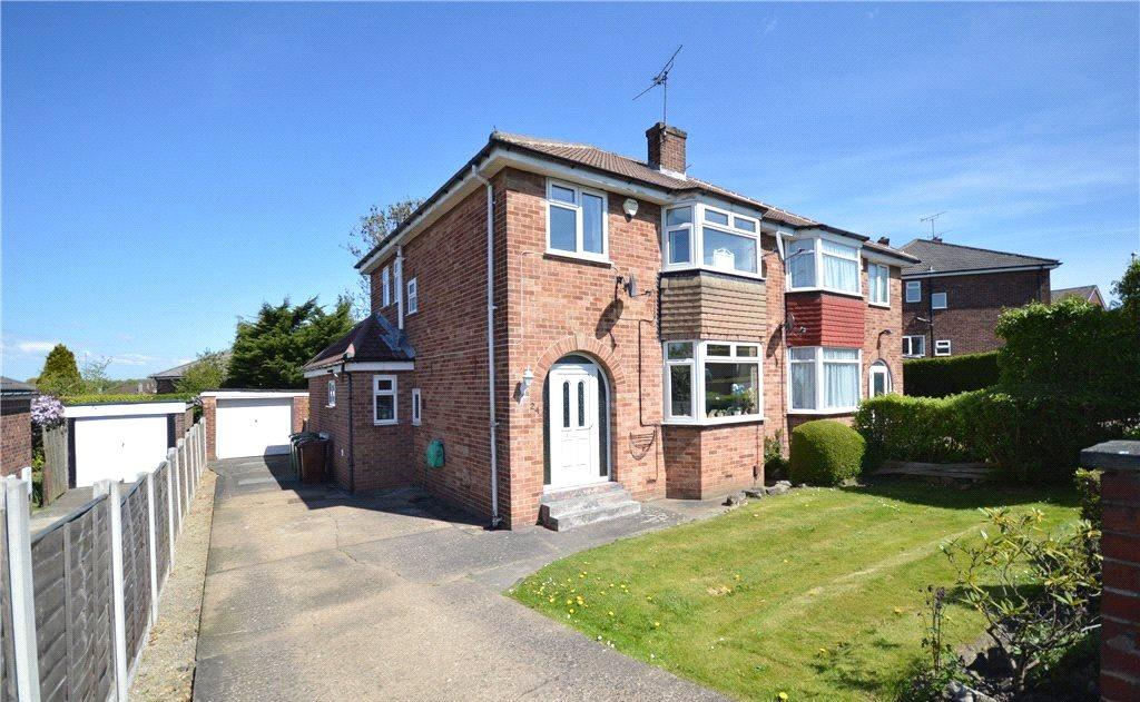 3 Bedrooms Semi Detached House for sale in Primley Park Lane, Leeds