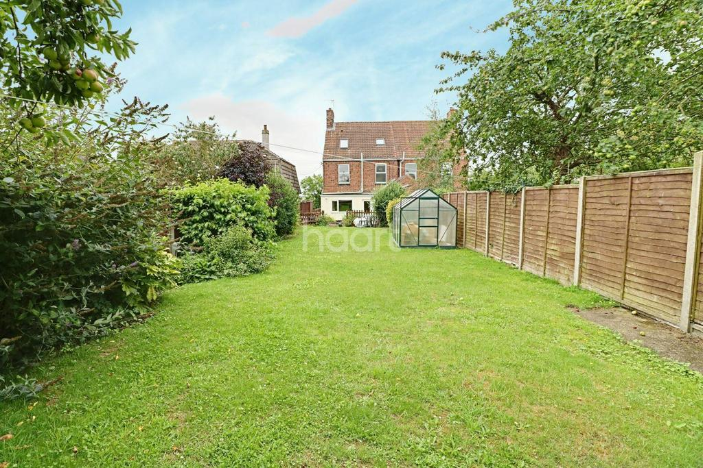4 Bedrooms Semi Detached House for sale in School Lane, Wilsford, NG32 3PD