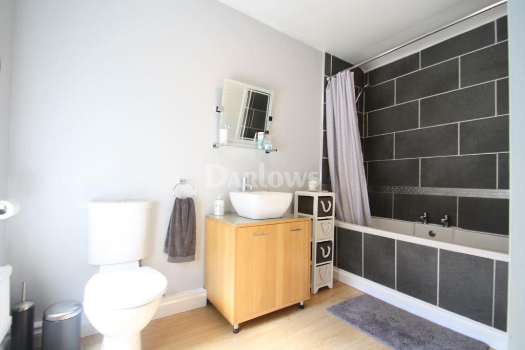 2 Bedrooms Terraced House for sale in Oakland Terrace, Ferndale